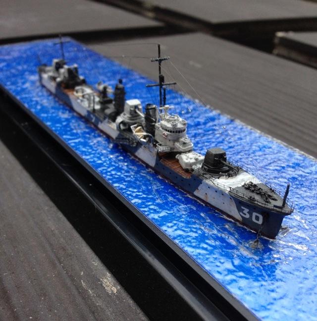1/700ハセガワ駆逐艦「睦月」ダズル迷彩